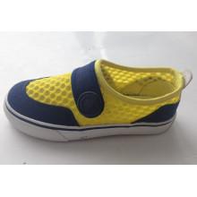 2016 Heiße Verkaufs-Kind-Segeltuch-Schuhe Gummi-Außensohle (SNK-02010)
