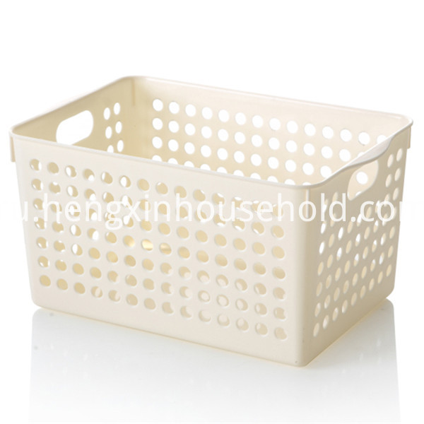 Plastic Baskets with Handles