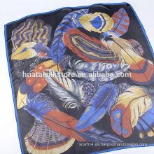 La piel tribal italiana marca la bufanda grande de seda cuadrada