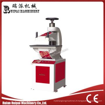 Machine hydraulique pour sac plastique Ruipai