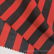 Tejidos de la Pongee del poliéster impresos rayados negros rojos de la moda