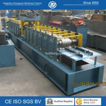 Machine de fabrication de porte en métal
