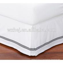 hôtel coton blanc table 300TC juponnages de broderie
