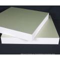 Tablero rígido de alta densidad de la espuma del pvc del celuka de 4x8 y fabricante de la hoja del pvc para la decoración de la puerta de gabinete con precio y peso