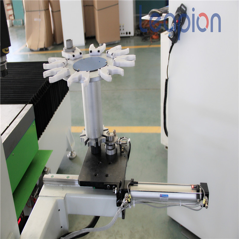 Machine de routeur cnc 5 axes