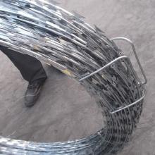 arame farpado de clipes galvanizados por imersão a quente