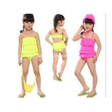 Kleine Mädchen niedliche neue Entwurfs-Badebekleidung