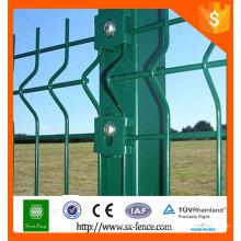Anping factory fournit des fermetures métalliques ou en plastique en forme de clôture en poudre
