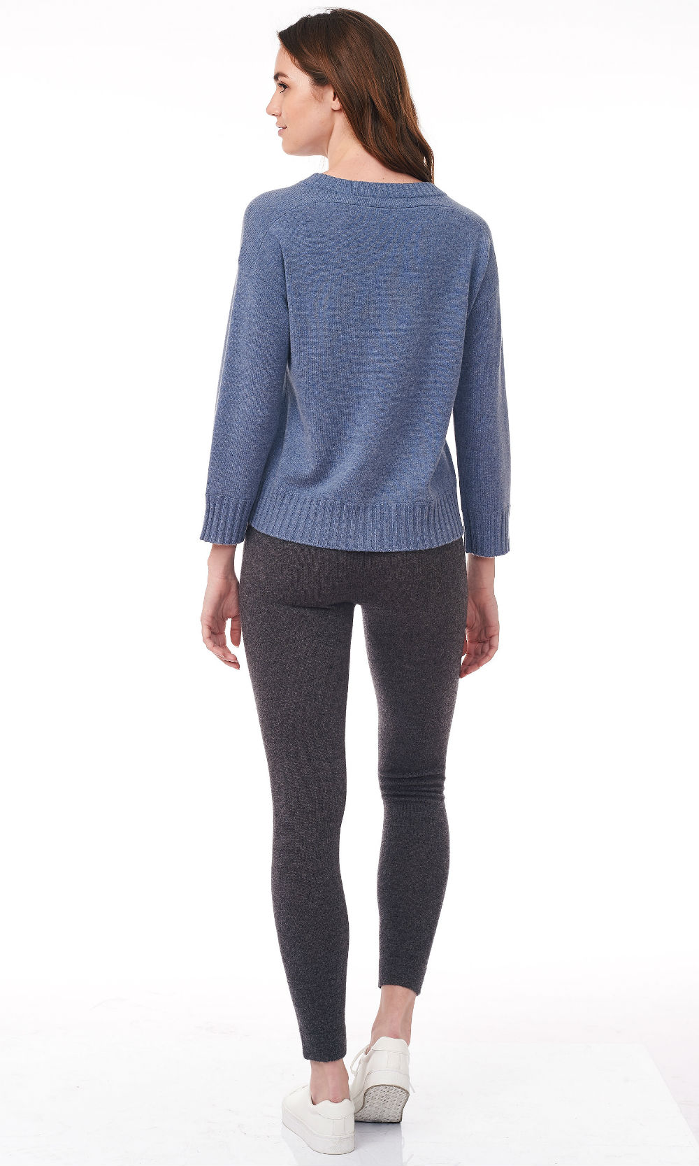 blue cropped round neck sweater back