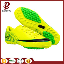 New Arrival confortable original soccer shoes wholesale