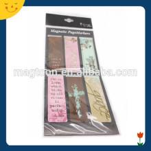Marcador magnético de papel define marcador de presente