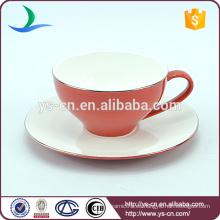 Delicada taza de café personalizado platillo platillos