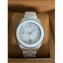 Reloj de cerámica blanca con bisel blanco