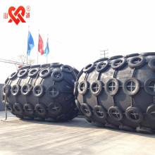 Guardabarros flotante neumático de goma del guardabarros de la defensa marina