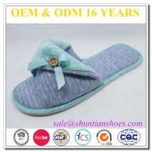 Les dernières femmes féminines de crémaillère bowknot open toe catton slipper