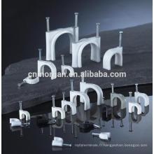 Clips blancs de fil de câble de type de crochet de 8mm en plastique pour la télécommunication avec des clous concrets,