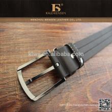 Cinturón negro para hombre