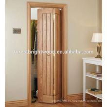 Bifold tallada puerta de madera con ranuras