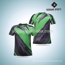 Los deportes de la compresión al por mayor llevan la camisa vendedora caliente de la venta con tres colores