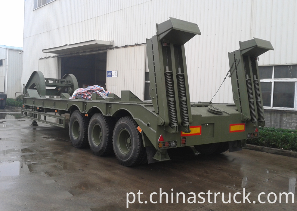 Tank transport low bed trailer