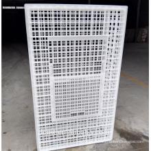 L'étui en plastique de volaille cage de transport de poulet renforcé