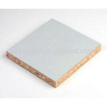 Panneau de particules laminées 4 * 8 en mélamine blanche pour meubles