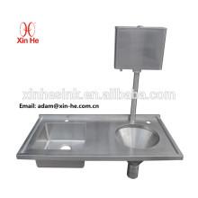 A unidade de eliminação de padrão de hospital usou o dissipador de funil de despejo de cisterna com o cisterna de água usado para desperdício