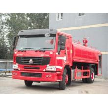 SINOTRUK HOWO 4 X 2 LHD 15000L tanque de agua bomberos