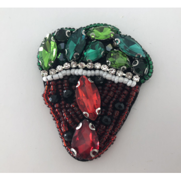 Warna-warni Rhinestone Handmade Strawberry Beaded Patch