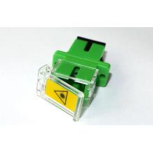 Adaptador óptico con fibra óptica