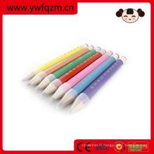 crayon de couleur jumbo de métier en bois de nature avec le logo pour favoriser