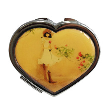 Love Shaped Compact Mirror