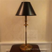 Lámpara de mesa simple para decoración (82096-1T)