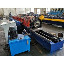 Máquina formadora de rolos verticais para estantes
