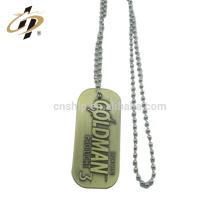 Etiqueta de perro militar en blanco del collar del metal del logotipo de encargo antiguo promocional barato de bronce con la cadena de bradde