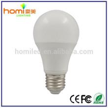 7W, aluminium de 1,5 $/ pc + ampoule en plastique, A60 E27 led lampes, ampoule de faisceau 230 angle en aluminium