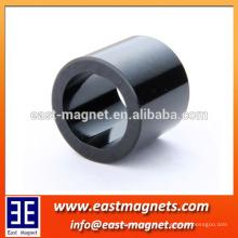 Anel magnético multipolar / propriedades magnéticas do anisotrópico Ímã de ferrita bipolar magnetizado por resina epóxi