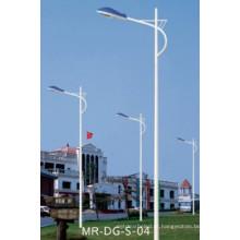 Poste de luz de rua com pólo de lâmpada de rua de braço único 10m
