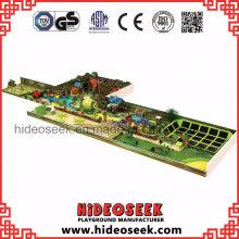 Indoor Spielplatz Vergnügungspark mit Trampolin und Ball Pit