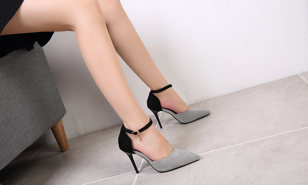 Women Suede Rubber Pumps