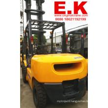 Japan Diesel Forklift Lift Truck Komatsu Forklift 5ton (FD50-16)