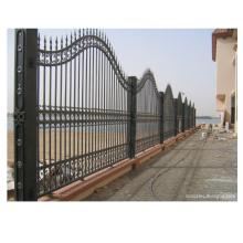 Projeto exterior da cerca do ferro forjado de deslizamento do metal
