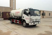 ISUZU 4x2 sewage tanks