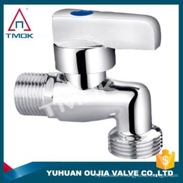 Robinet de robinets de robinet de bibcock de style américain dans le mélangeur de lavabo de mur de salle de bains de laiton de mur