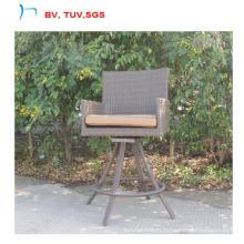 Сад ротанга высокий барный стул может вращаться на 360 (CF1458)