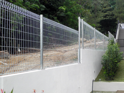 roll top steel fence
