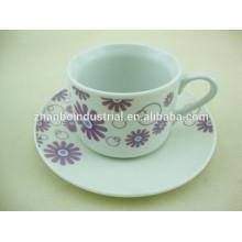 Super taza y platillo de porcelana con calcomanía