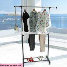 Support ajustable à deux tiges en chrome / noir avec beaucoup d'espace pour sécher les vêtements