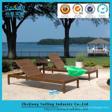 Lits d'osier en plein air Canapé marron Chaise longue en rotin de luxe