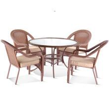 Chaises en osier mobilier design salle à manger en plein air